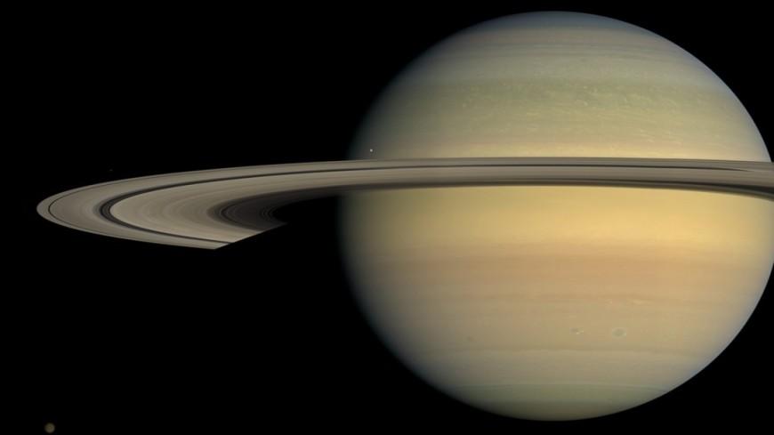Российский миллиардер намерен искать следы жизни на спутниках Сатурна