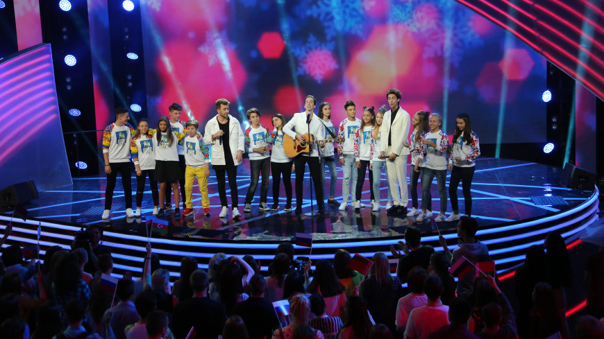 Шоу «Во весь голос»: 19 ноября участников ждет первое музыкальное задание