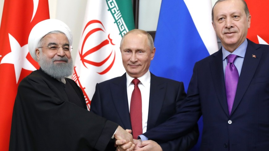 Путин подвел результаты посвященного Сирии саммита вСочи