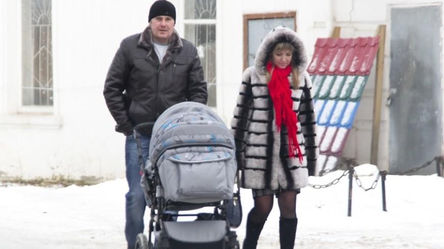 Многодетные родители: путинское пособие на первенца уменьшит количество разводов