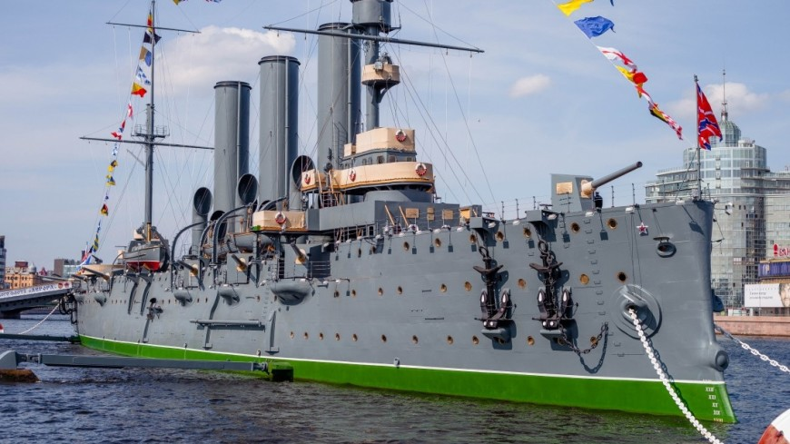 """Фото: Марина Дыкун (МТРК «Мир») """"«Мир 24»"""":http://mir24.tv/, военный корабль, санкт-петербург, питер, крейсер аврора, аврора, военное судно, выставка, музей, экспозиция, корабль-музей, вмф, военно-морской флот, корабль"""