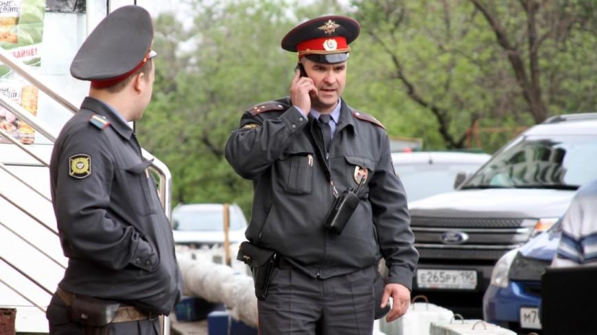 Изквартиры москвички украли наручные часы, украшения и $5 тыс.