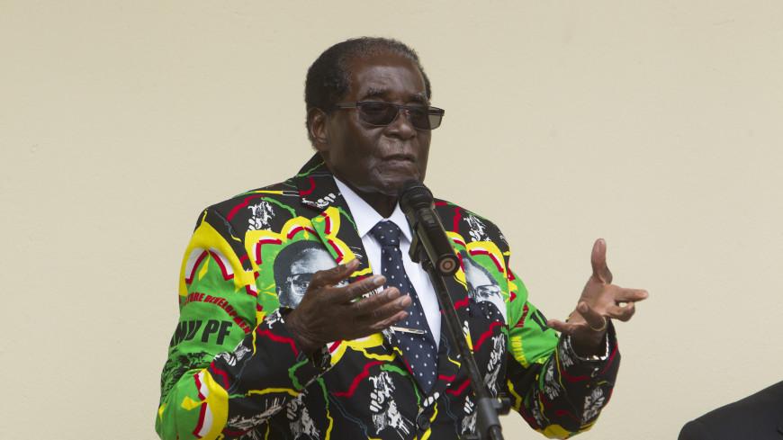 Мугабе в прямом телеобращении опроверг собственную отставку