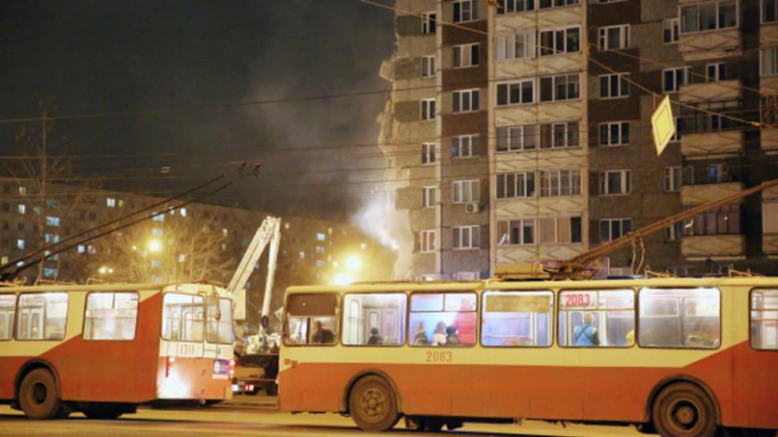 Работы на месте обрушения части дома в Ижевске будут вестись круглосуточно