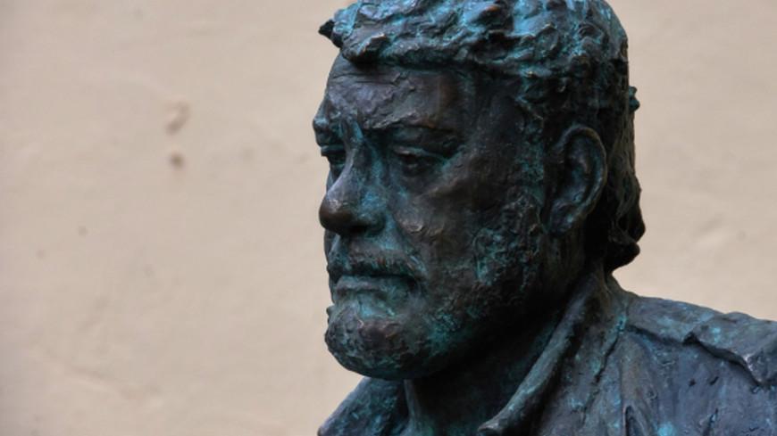 Топонимическая комиссия поддержала предложение Вишневского осоздании сквера имени Довлатова