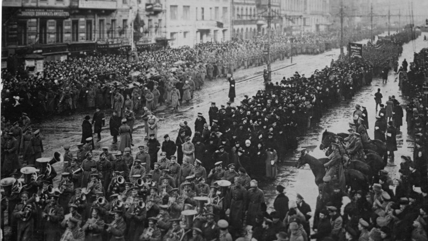 Столетие революции: как советская власть боролась с распадом страны