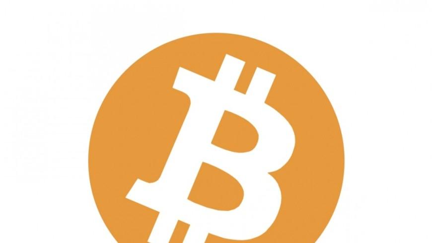 Стоимость биткоина превысила отметку в9 тыс. долларов