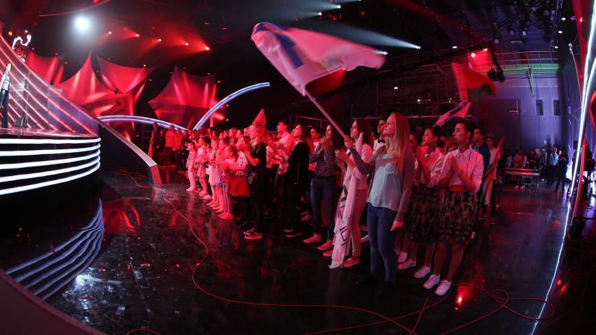 Телеканал «Мир» объявляет старт народного голосования за лучшую команду шоу «Во весь голос»