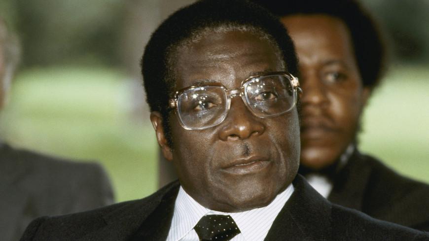 Мугабе начнет новую жизнь в деревне