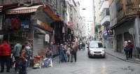 На улице в Стамбуле неизвестные открыли огонь: есть пострадавшие