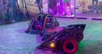 «Пончик» против монстра: в Москве прошли бои роботов