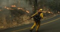 Число жертв пожаров в Калифорнии достигло 40 человек