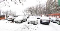Первый снег парализовал российские дороги