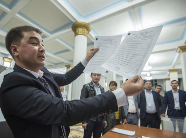 Кыргызстан подводит первые итоги выборов президента