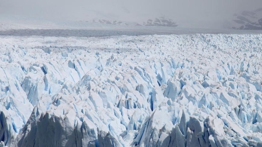 Вольдах Антарктиды отыскали  необычную огромную  дыру