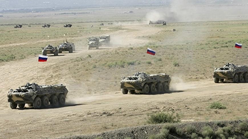 """Фото: """"Минобороны России"""":http://function.mil.ru/, войска, учения, армия, танки, бтр"""