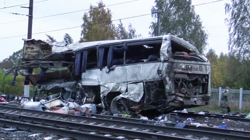 Водитель разбившегося под Владимиром автобуса мог спасти людей, но не стал