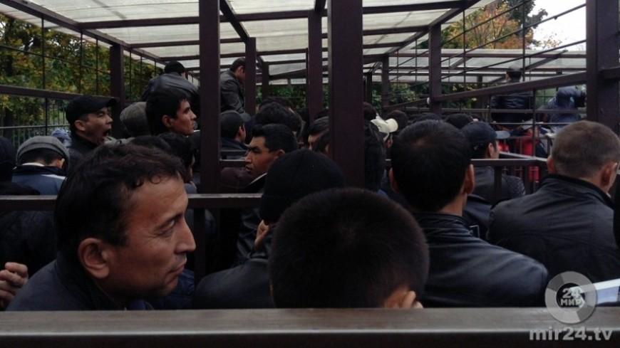 "Фото: Павел Казарин (МТРК «Мир») ""«Мир 24»"":http://mir24.tv/, беженцы, мигранты, трудовые мигранты, эмигранты, миграция, иммигрант, беженец"