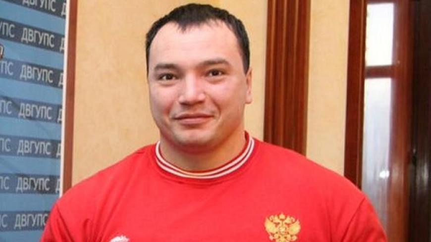 Уволен полицейский, ставший очевидцем убийства пауэрлифтера в Хабаровске
