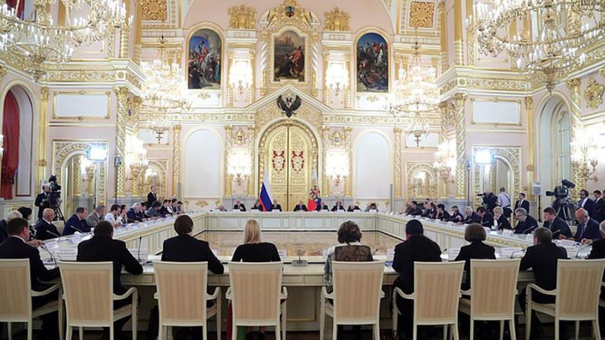 Участники акций протеста предумышленно обостряют ситуацию— Путин