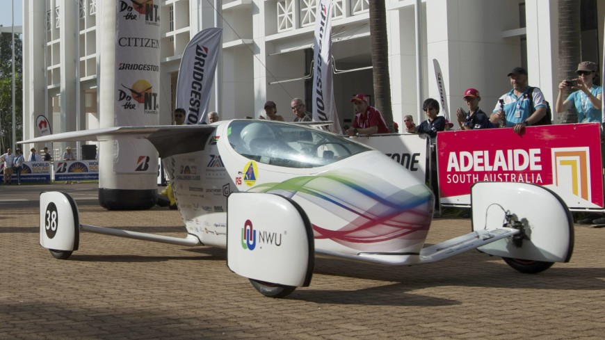 World Solar Challenge: гонка авто на солнечных батареях стартовала в Австралии