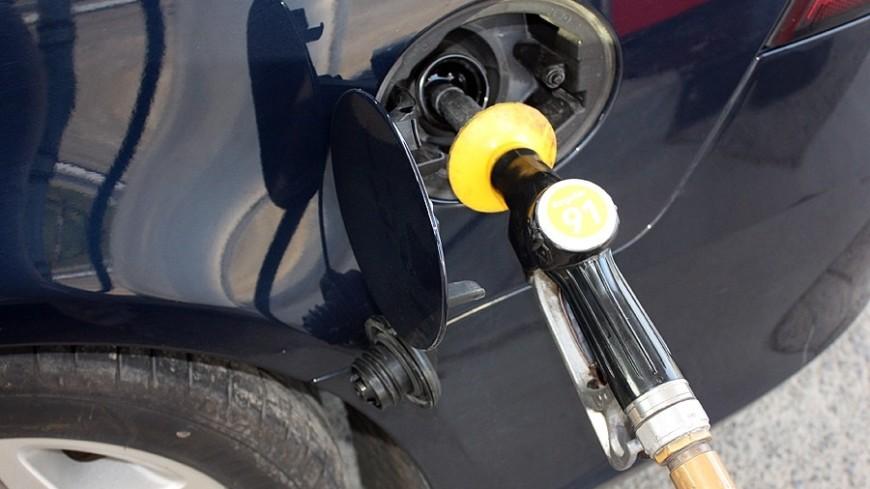 Париж планирует запретить бензиновые идизельные авто до 2030-ого года