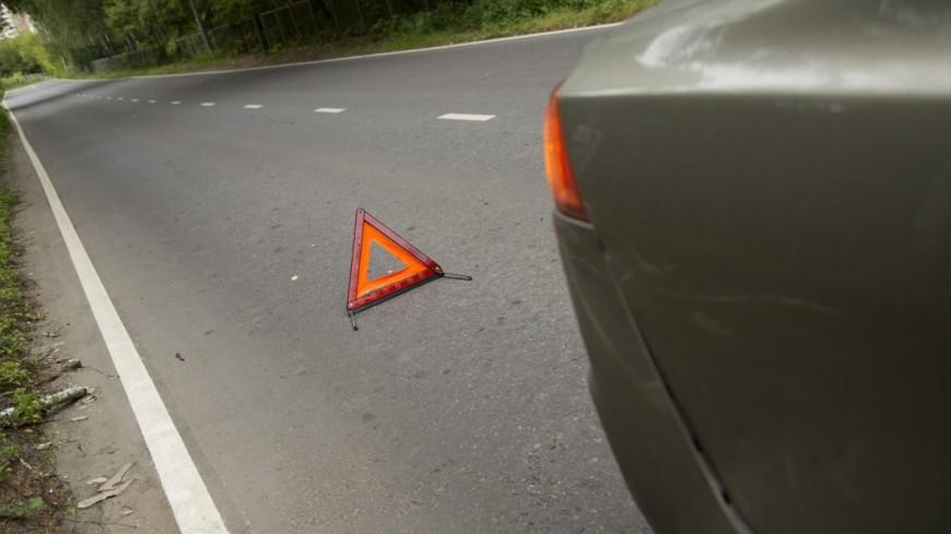 Пассажирский автобус в Чебоксарах протаранил восемь автомобилей