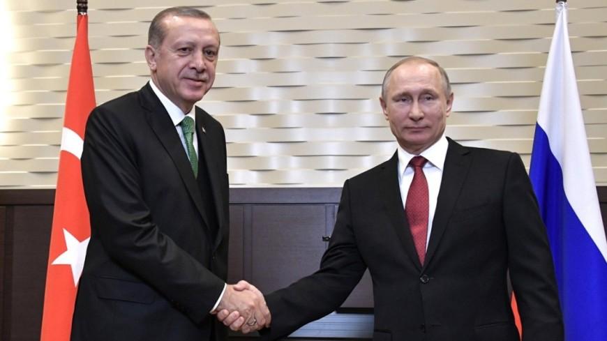 Путин поздравил Эрдогана с общенациональным праздником Турции