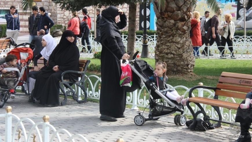 Саудовские женщины получат право посещать три стадиона