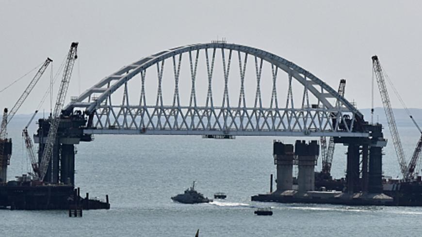 Космонавт Рязанский показал фотографии Крымского моста с МКС