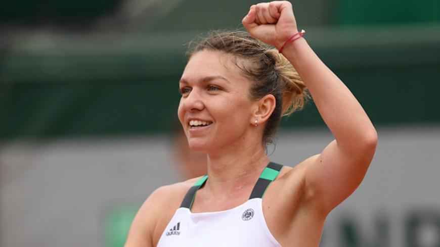 Теннисистка Касаткина разгромила румынку Халеп на турнире в Китае