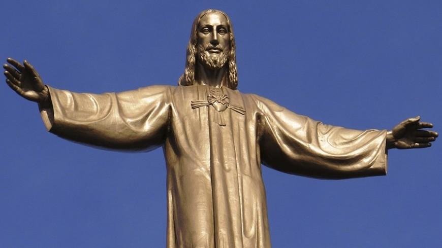 В России установят статую Христа