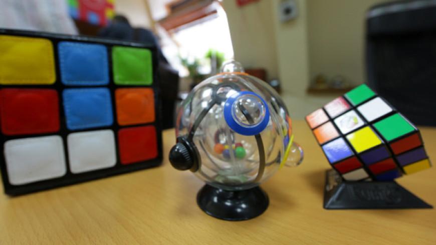 Ловкость рук и скорость мысли: юный американец собрал кубик Рубика за 4 секунды