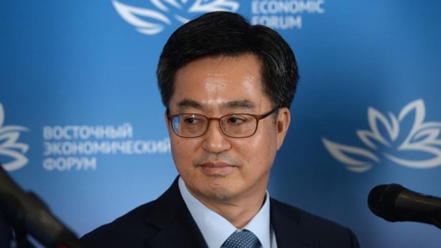 Вице-премьер Южной Кореи не стал встречаться с коллегами из КНДР на ВЭФ