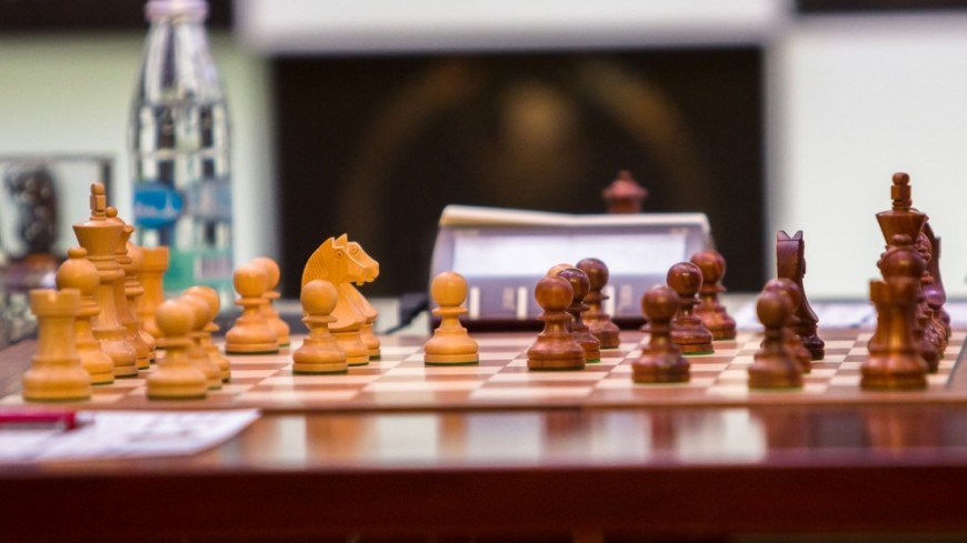 На шахматном турнире в Лондоне Карякин и Карлсен сыграли вничью