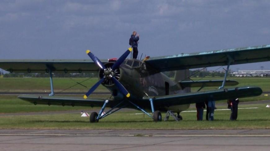 Пилот разбившегося Ан-2 увел самолет от зрителей