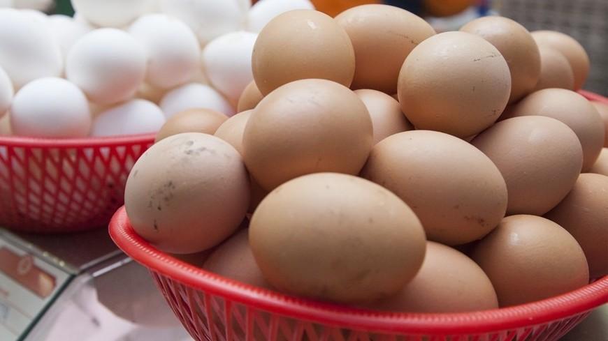 Пассажир из Вьетнама пытался провезти в Шереметьево 50 кг яиц
