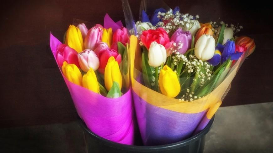 Флористы назвали минимальную цену букета на День учителя