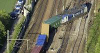 В Германии грузовой поезд сошел с рельсов