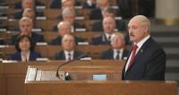 Лукашенко пригласил в Беларусь богатых и умных