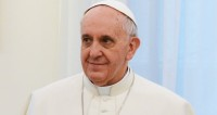Папа Римский в Пасху призвал католиков к миру