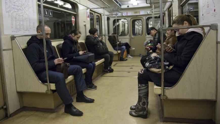 В московском метро запустили «весенний» поезд