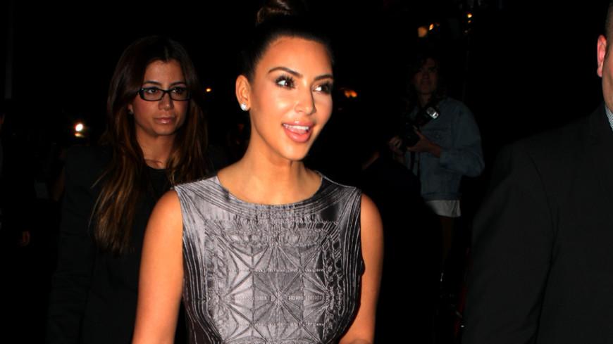 Ким Кардашьян голым фото «прикрыла» мужа