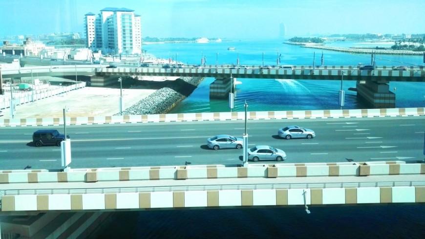 «Железный человек» совершил полет в костюме над Дубаем