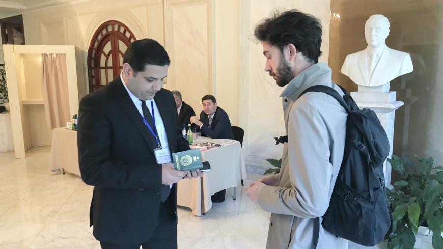 В посольстве Азербайджана в Тбилиси проходят выборы президента