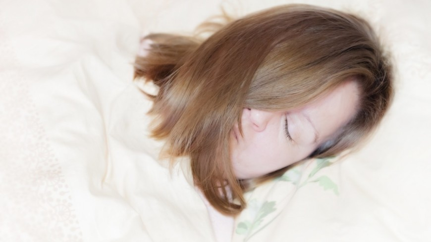 Доказана связь недостатка сна и болезни Альцгеймера