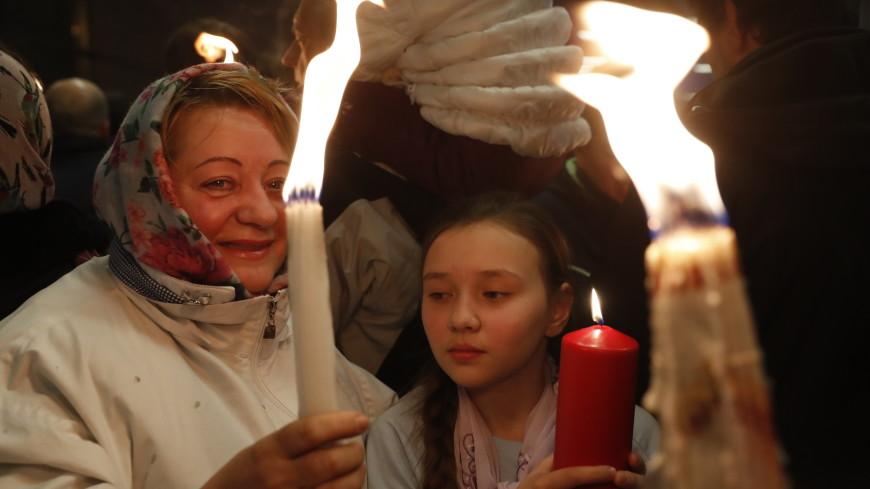 Благодатный огонь доставят в Россию в пасхальную ночь
