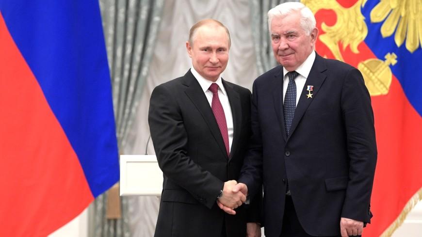 Захаров, Карполь и Савельева: Герои Труда в работе и в жизни