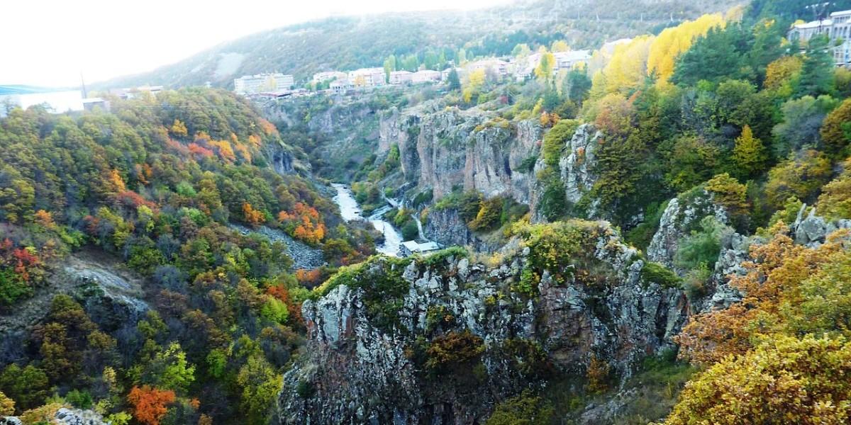«С миру по нитке»: Джермук – армянский курорт молодости и красоты