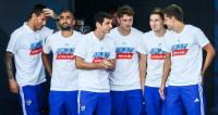 Спортдайджест: скачок сборной России по футболу и пернатый Усэйн Болт